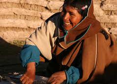 Tissage d'une bolivienne