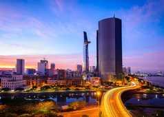 Ville de Saigon de nuit