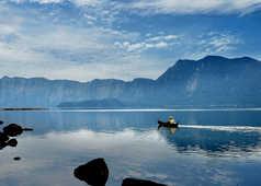 Vue sur le lac toba, Samosir, Sumatra
