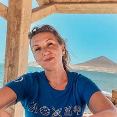 Barbara, responsable de la comptabilité aux Canaries