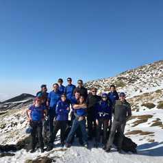 Equipe Altaï Italia au sommet de l'Etna enneigé