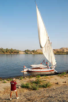 La felouque sur le Nil en Egypte