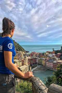 Sentier avec vue sur Vernazza Cinque Terre