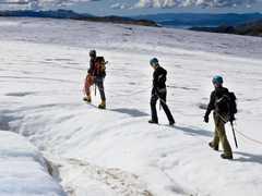 Marche sur le glacier de Folgefonna en Norvège
