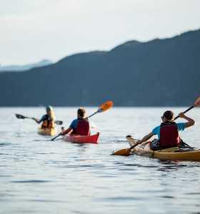 Kayak de mer en Norvège près de Jondal