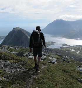 Randonnée sur le sommet des Lofoten
