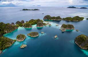 Les décors inimitables de la zone des Raja Ampat font rêver les plongeurs du monde entier