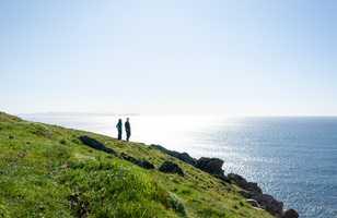 Randonnée en bord de mer, en Irlande
