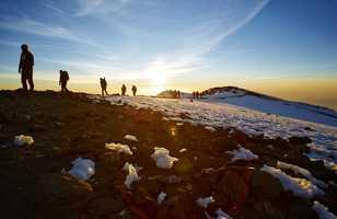 Sur la voie Machame à l'ascension du Kilimandjaro
