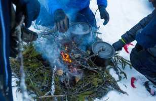 Techniques de survie en milieu enneigé en Laponie, Finlande