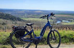 Vélo Electrique avec vue sur les vignes