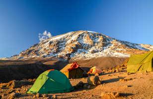 Vue dur le Kibo au camp Karanga au Kilimandjaro