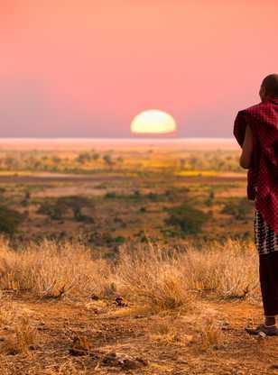 Guerrier Masai au coucher du soleil