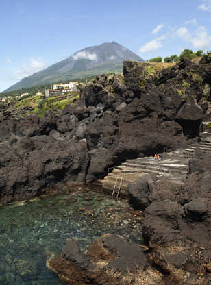 Piscine naturelle et Pico aux Açores