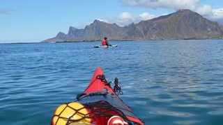 Kayak en Norvège du Nord dans les Lofoten