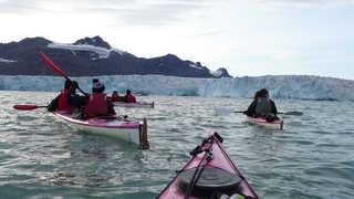 Kayak, glacier de Svéa, Svalbard
