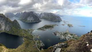Reinebringen, îles Lofoten, Norvège
