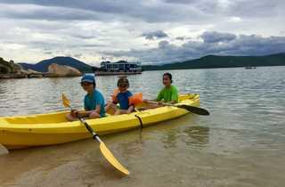 Kayak enfants Vietnam