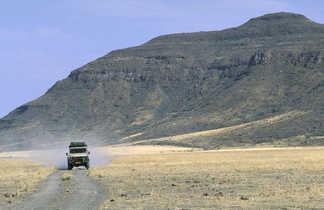 4x4 sur les pistes désertiques namibiennes