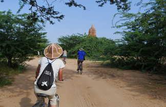 A vélo à Bagan