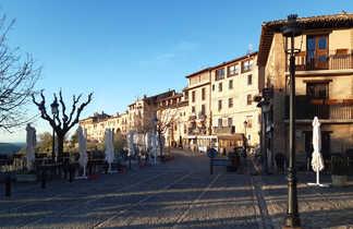 Rue du village d'Alquezar