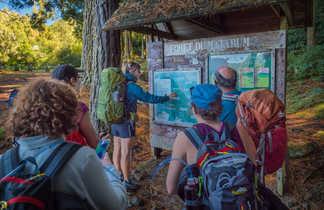 Briefing d'avant randonnée à la Réunion