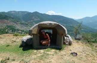 Bunker, sur la Via Egantia, Albanie