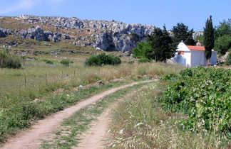 chemin église en Crète