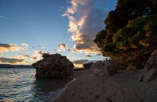 Coucher du soleil sur les plages de l'île de Korcula