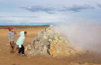 Découvrir la géothermie en Islande avec des enfants