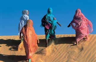 Femmes dans les dunes, Mauritanie