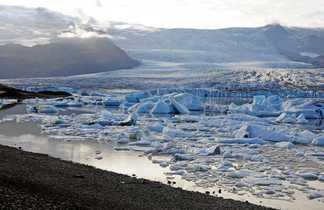 Jokulsarlon site d'icebergs en Islande
