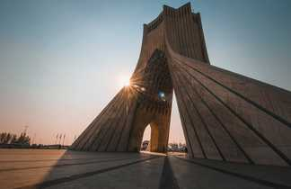 Tour Azadi Téhéran