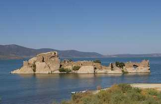 Le Lac de Bafa sur la côte égéenne en Turquie