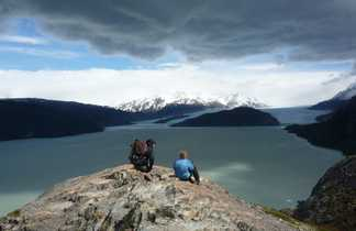 le Lac Grey et son glacier dans le parc Torres del Paine