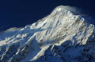 Le Nilgiri Nord, vu depuis la vallée de la Kali Gandaki