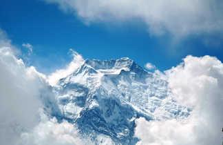 Le sommet de l'Annapurna II vue depuis l'avion