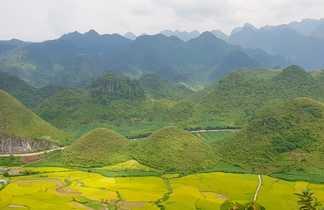 Les montagnes dans la province de Cao Bang