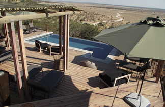Lodge avec piscine et vue