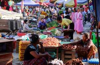 Marché en Birmanie
