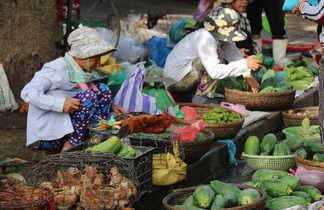 Marché local au Vietnam