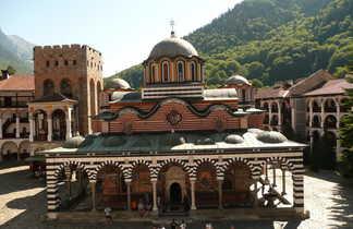 Monastère de Rila classé au patrimoine de l'UNESCO, dans le massif du Rila