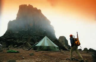 Passage au col de lava Tower sur le Kili