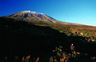 Première vision du Massif du Kibo