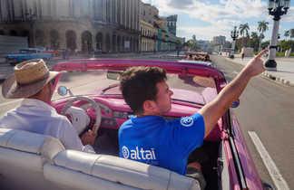 Promenade en américaine dans les rues de la Havane avec notre guide