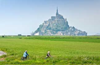 Randonnée à vélo dans la baie du Mont Saint Michel en Bretagne