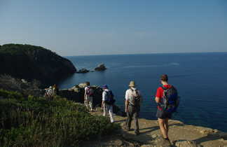 Randonnée côtière dans le sud de la France