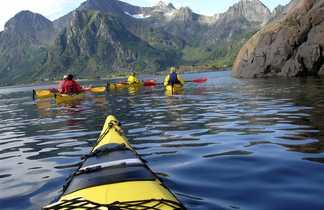 Norvège, Fjord de Reine, Kayak
