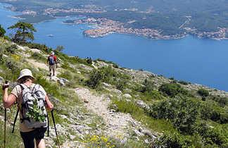 Randonnée sur la presqu'île de Peljesac, Croatie, côte dalmate
