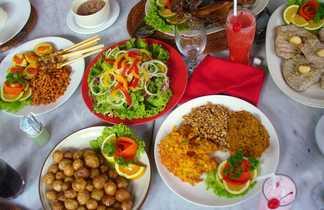 Repas traditionnel à Bali en Indonésie
